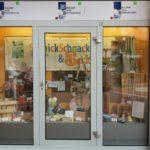 Schülerfirma SchnickSchnack&Back bietet an!